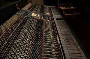 Warm sounding console with Flying Fader automation.